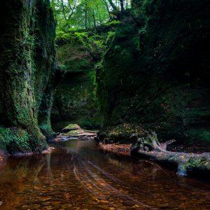 Devil's Pulpit Landscape Outlander Wall Art